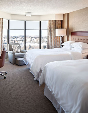 Club Level Two Queen Beds Guestroom
